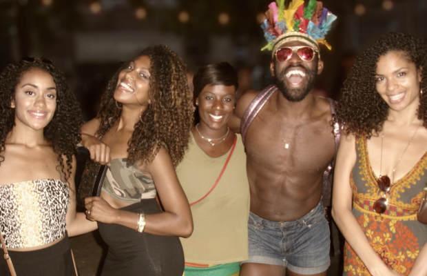 08262013_FestivalAttendees_AfroPunk_Naturals_Curls_Headdress
