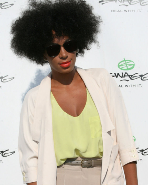 short_afro_bangs_solange_knowles