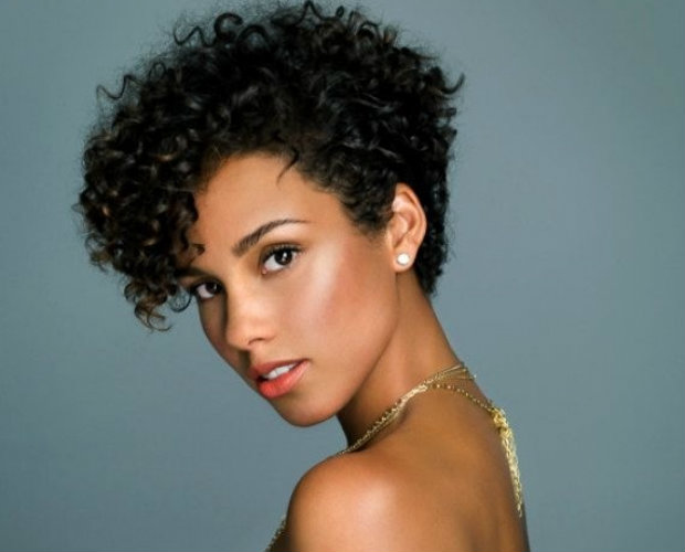 Singer Alicia Keyes has also sported the look with a little bit of a pompadour-esque bang. Photo via Pinterest