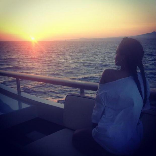 rihanna_instagram_vacation-4