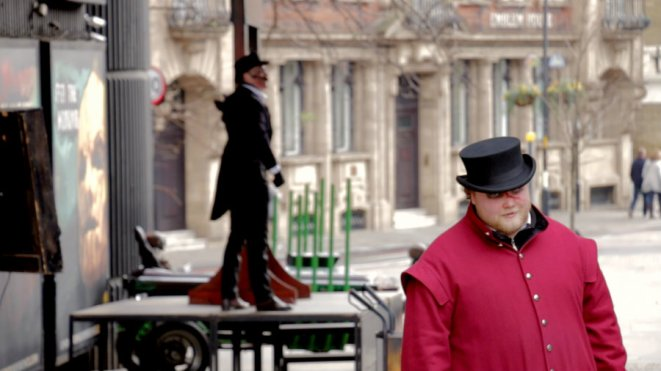 In addition to the typical tourist sites, London is filled with all kinds of performances.