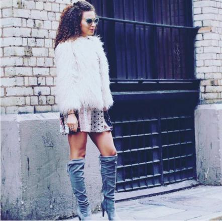 British style blogger, Sheeva Marie opts for soft, cascading curls.