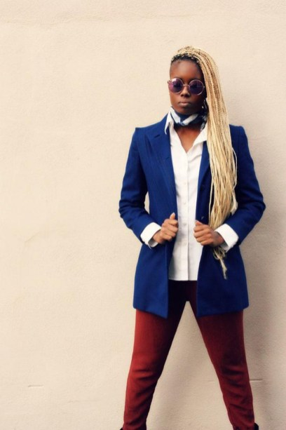 bleach blond box braids