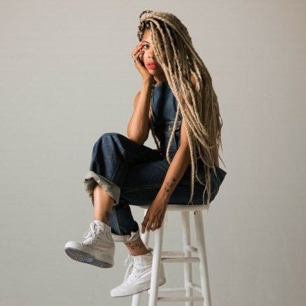 blond box braids