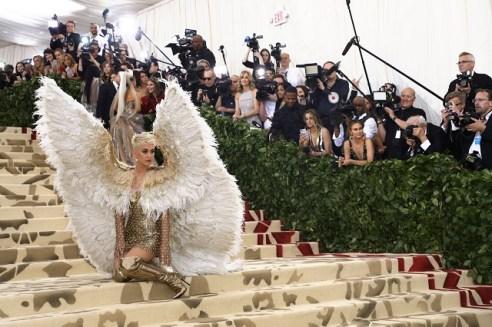Katy Perry, Versace Atelier