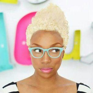 summer_hairstyles_blackwomen_bleach_blond