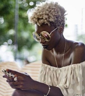 summer_hairstyles_blackwomen_blond_tapered_afro