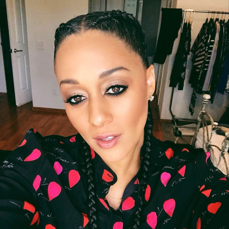 Two braids on actress Tia Mowry