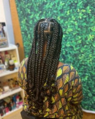 jumbo-box-braids-curled_ends-crownlovebysofiya-1