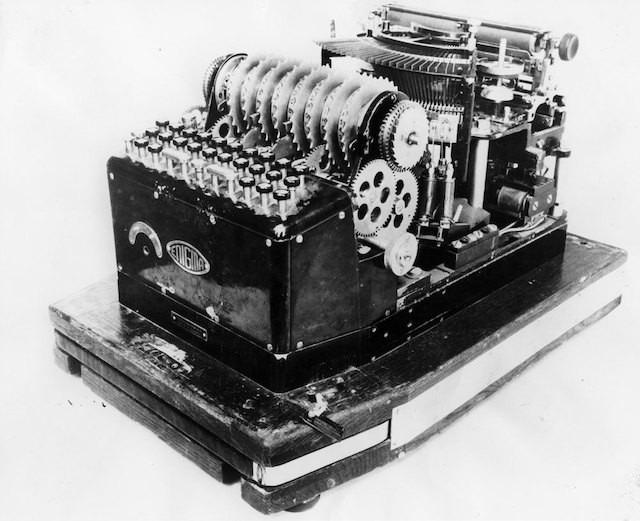 История загадочной и легендарной шифровальной Enigma 7