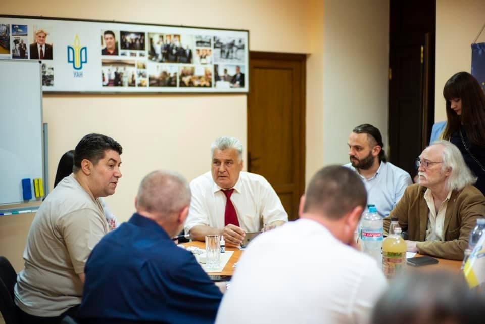 Украинской академии Наук исполнилось 28 лет 5