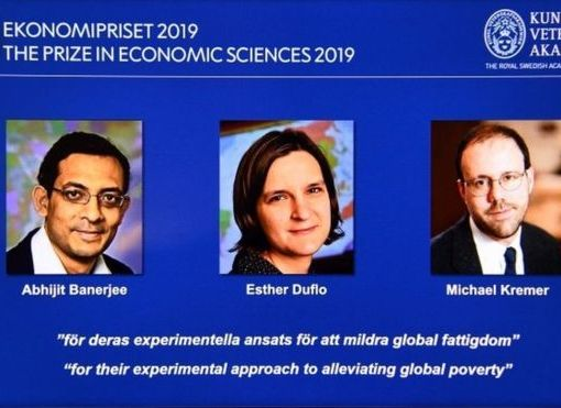 Нобелевскую премию по экономике присудили за экспериментальный подход к борьбе с бедностью 5