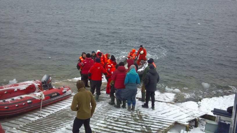 Участники 25-й Украинской экспедиции добрались до Антарктиды 4