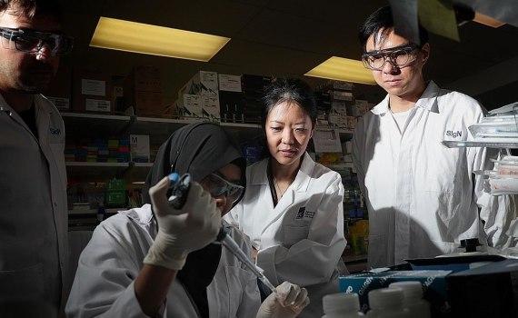 Учёные из Сингапура аннулировали все прогнозы по развитию коронавируса 12