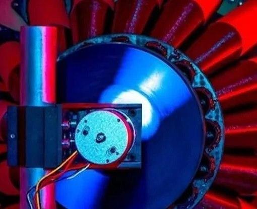 Спустя 50 лет: экспериментально доказано, что из черной дыры можно добыть энергию 20