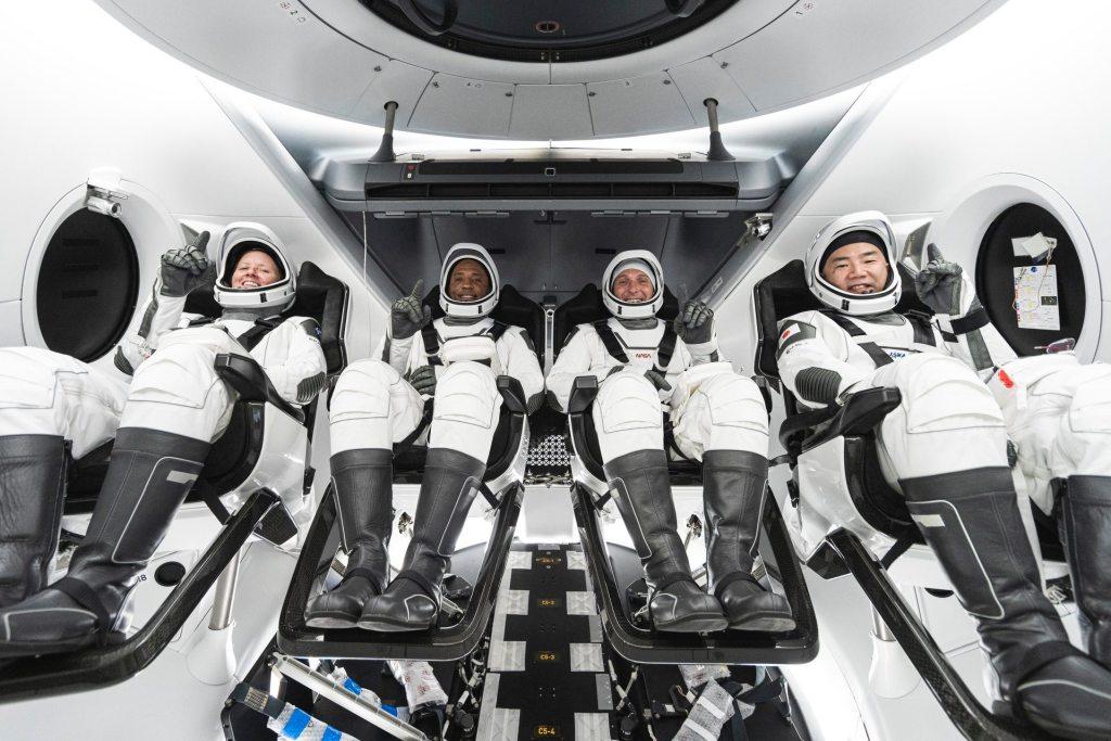 Следующий полёт Crew Dragon с космонавтами на борту состоится в конце октября 2