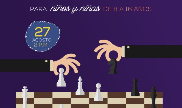 Taller de ajedrez educativo y lectura digital en la Casa del Libro Total