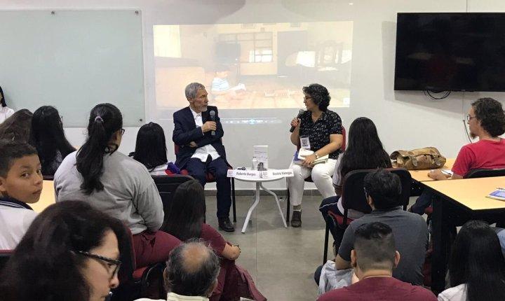 Conversatorio: Roberto Burgos
