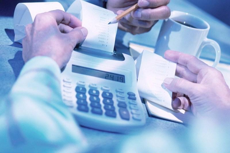 """Bilancio di previsioni: tra """"pressioni indebite"""", rilievi dei revisori dei conti e una discussione """"farsa"""""""