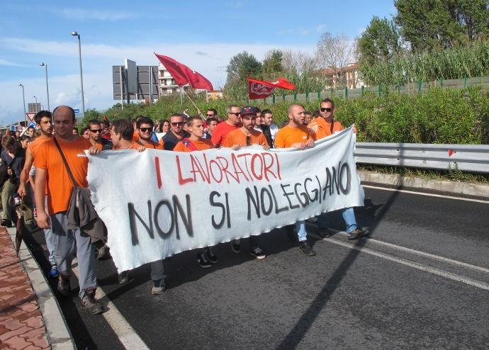 Solidarietà ai lavoratori licenziati dalla Gb srl