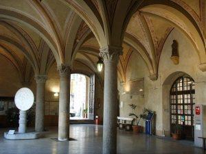 Palazzo_gambacorti_cortile-2