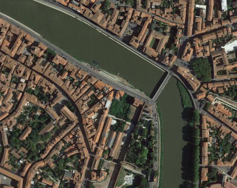 Interrogazione: Eventuali crediti da parte del Comune di Pisa relativi all'IMU per il terreno edificabile sito in lungarno Galilei