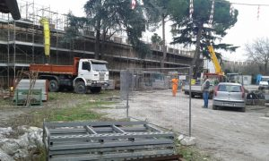 pisa-cantiere-restauro-mura-via-Zamenhof