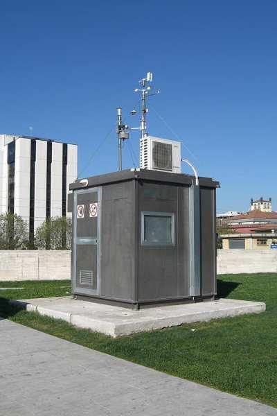 Monitoraggio qualità dell'aria: la destra boccia nuove centraline in città