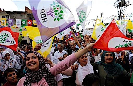 Mozione: Sostegno al Partito democratico dei Popoli (HDP), condanna per la repressione del Governo della Turchia