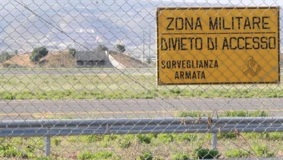 Question time: Urgenti verifiche sul possibile utilizzo di materiali altamente inquinanti nei cantieri ex-Vacis e aeroporto militare di Pisa
