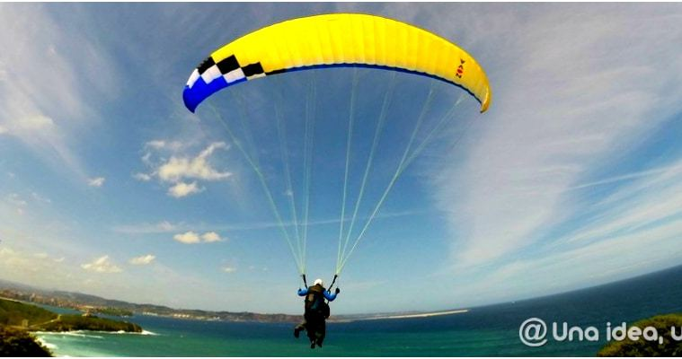 volar-en-asturias-parapente-unaideaunviaje