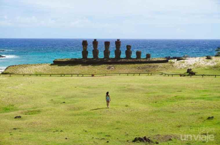 Ahu Nau Nau, Playa de Anakena - Isla de Pascua