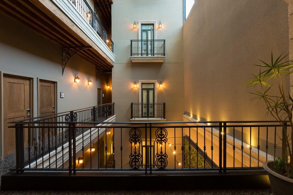 Segundo piso, Histórico Central
