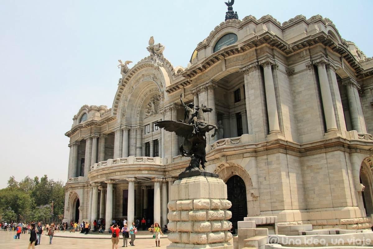 que-ver-hacer-ciudad-mexico-df-imprescindible-unaideaunviaje-01