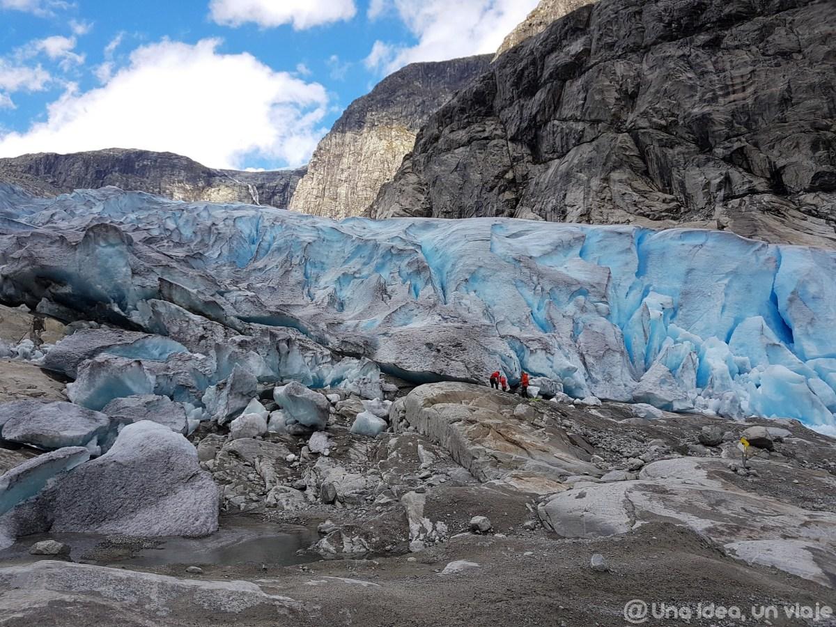 noruega-que-como-cuando-visitar-trekking-glaciar-jostedal-unaideaunviaje-08