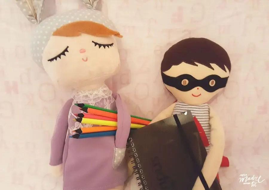 cuaderno y chicos