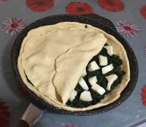 Focaccia in Padella Spinaci e Mozzarella 2