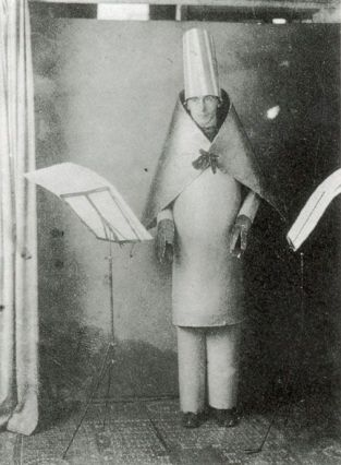 Hugo Ball al Cabaret Voltaire
