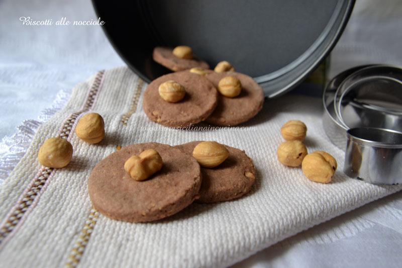 biscotti-alle-nocciole
