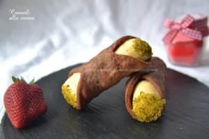 cannoli-alla-crema