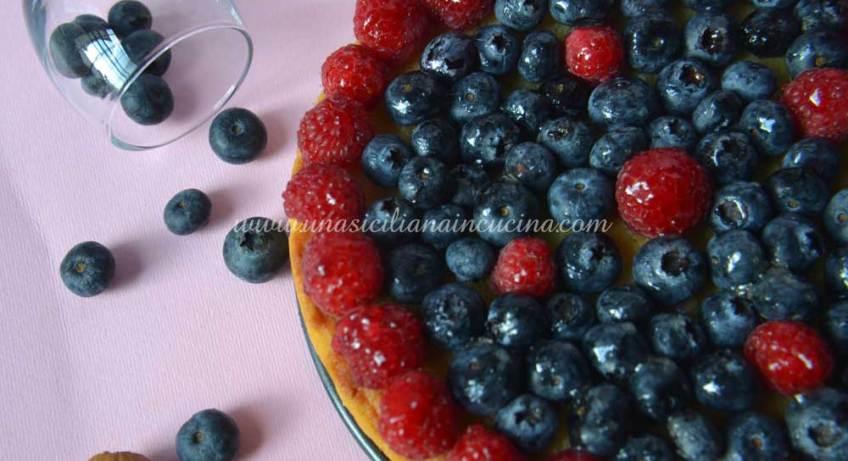 crostata-al-farro-frangipane-frutti-di-bosco
