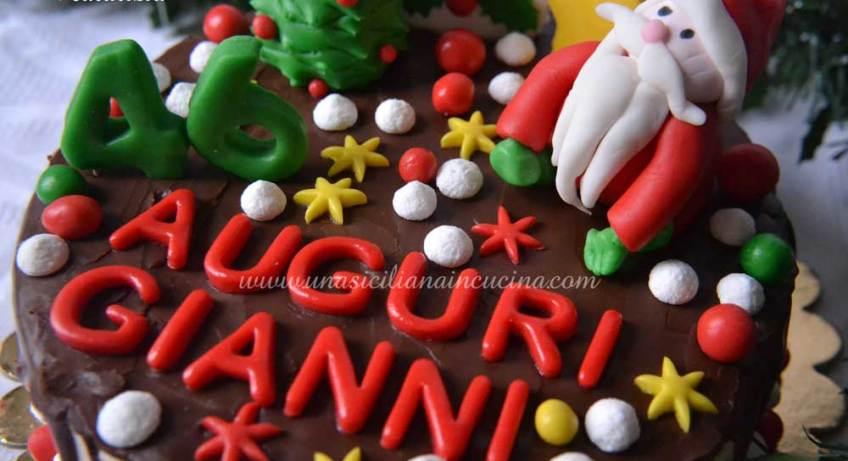 Drip-Cake-Natalizia