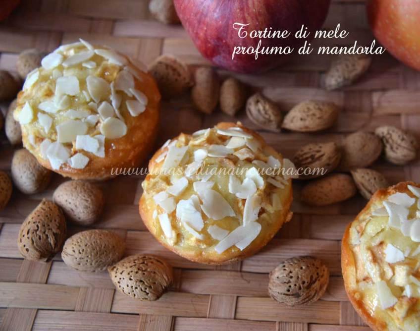 Tortine di mele,ricotta,mandorla