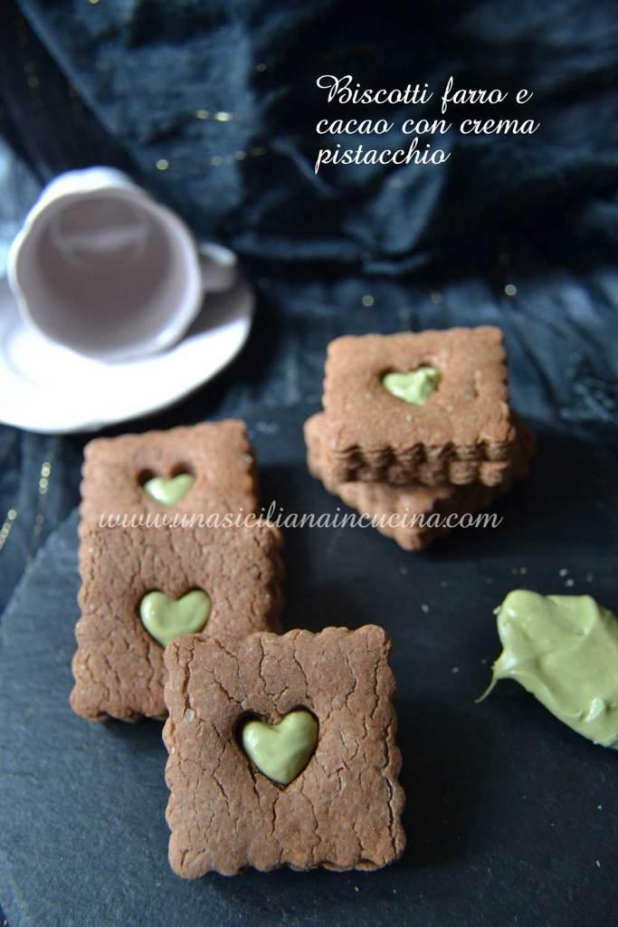 Biscotti-farro integrale-e-cacao-con-crema-pistacchio