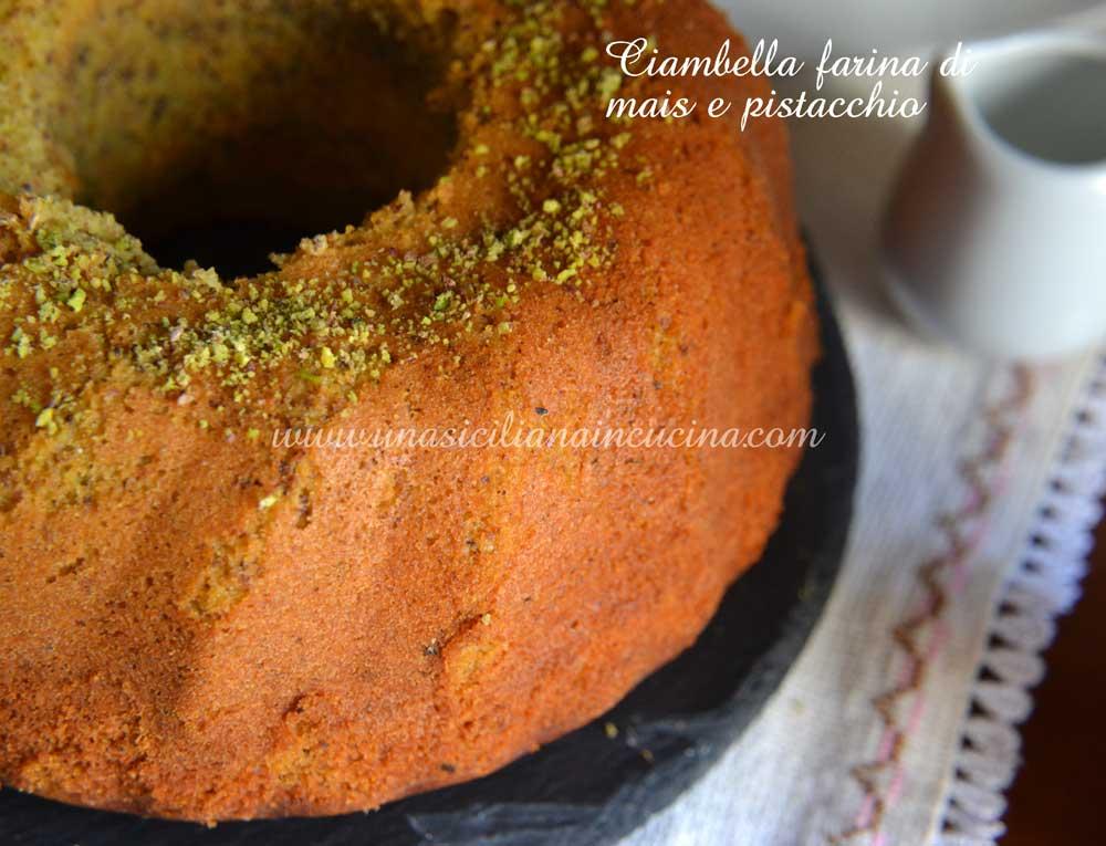 Ciambella-farina-di-mais-e-pistacchio
