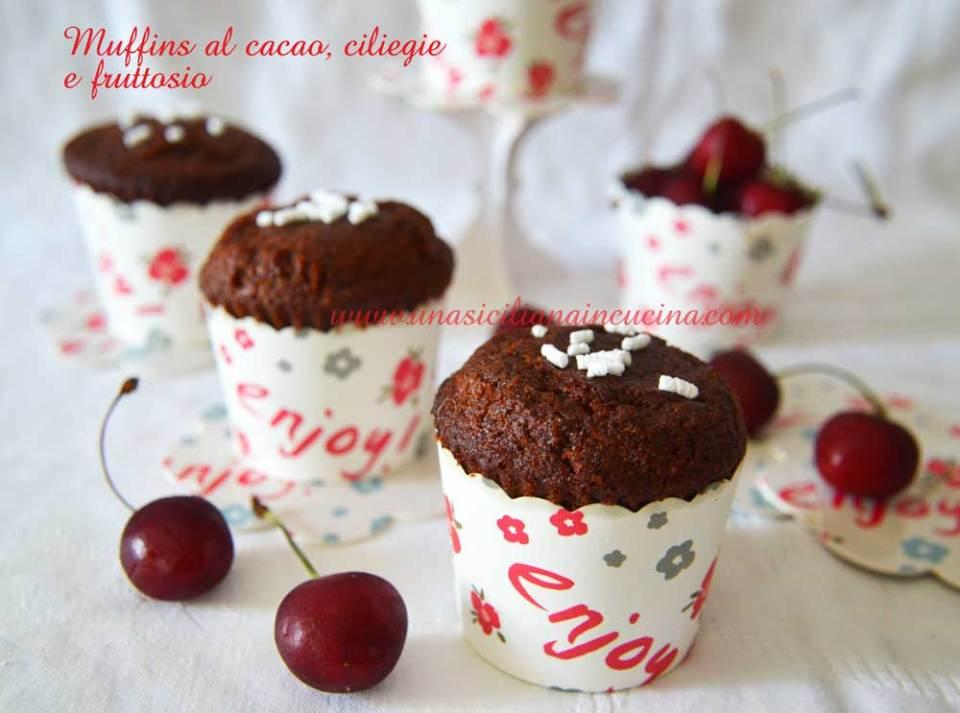 Muffins cacao ciliegie e fruttosio