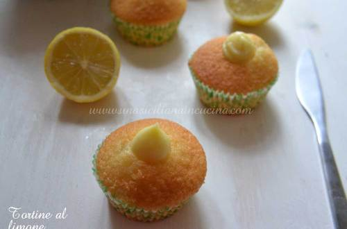 Tortine con crema al limone