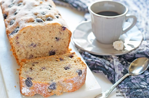Plumcake integrale mirtilli e yogurt senza zucchero