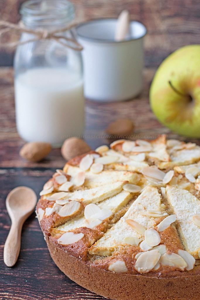 Torta di mele e latte di cocco senza zucchero