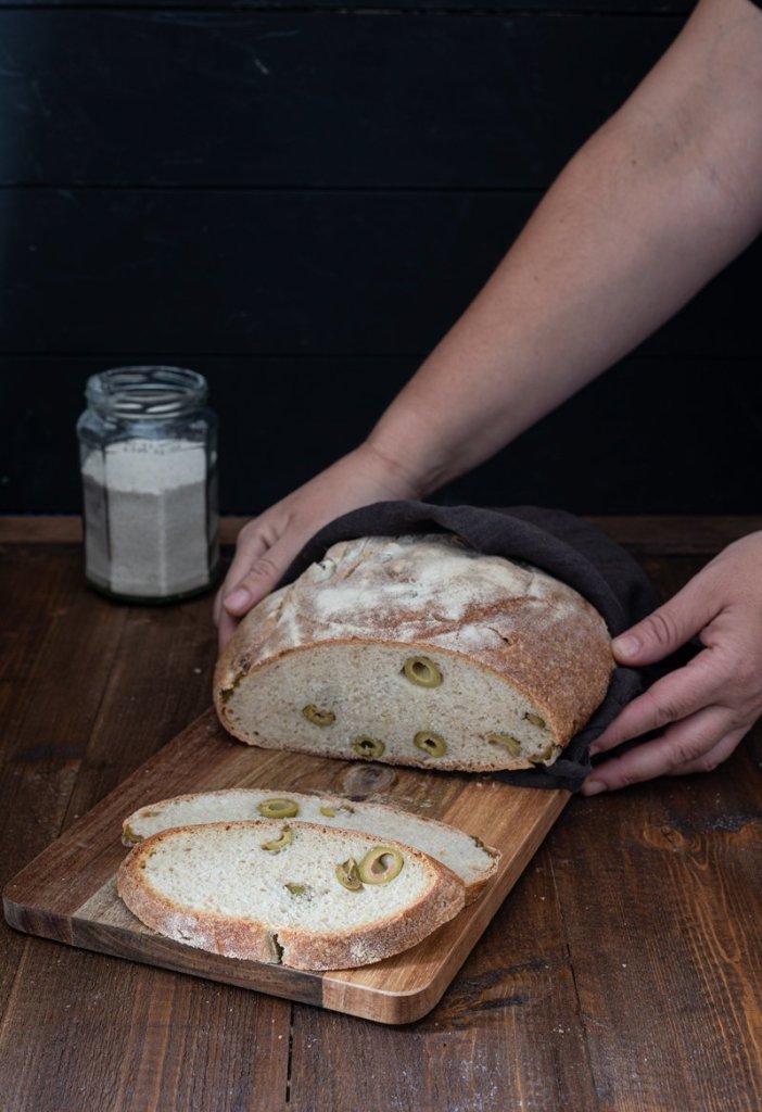 Pane di semola alle olive
